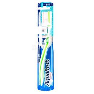 Зубна щітка Aquafresh Interdental soft, з м'якими щетинками