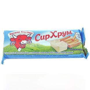 Сыр Веселая Коровка Хрум, плавленый с хлебными палочками 45 %, 35 г